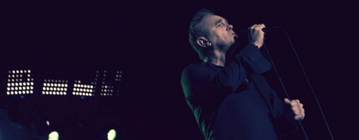 "Morrissey publica nuevo video para ""Spent The Day In Bed"""
