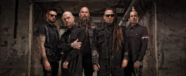 "Five Finger Death Punch lanzó video para ""Gone Away"" cover a The Offspring"